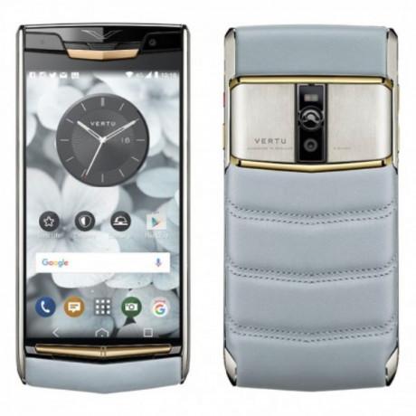 vertu-signature-touch-mobile-big-0