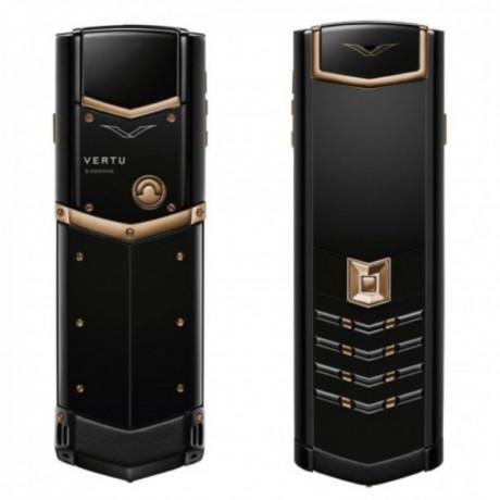 vertu-signature-mobile-phone-big-0