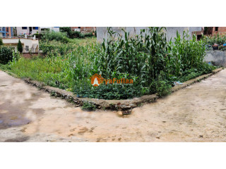 Land sale in Hattiban