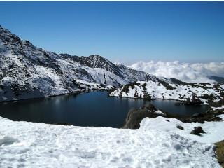 We provide several trekking packages